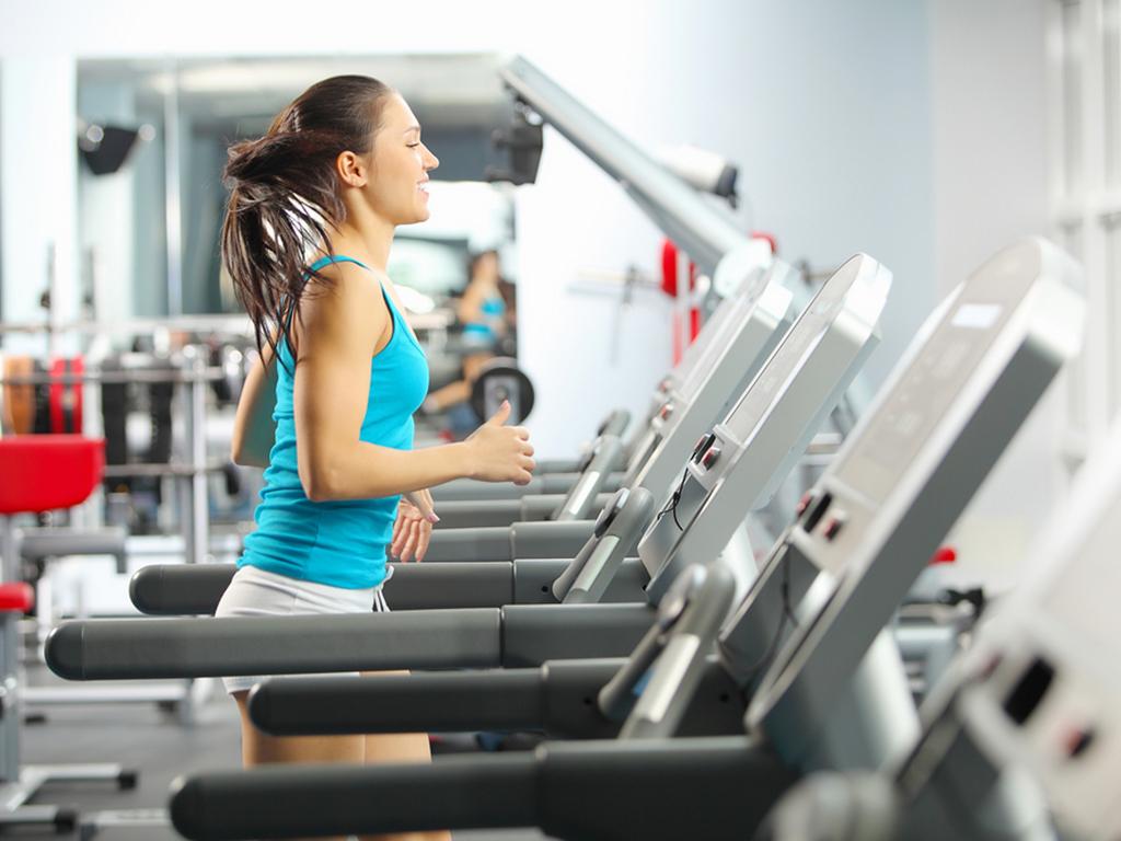 Afvallen met fitness: strak en fit op de loopband